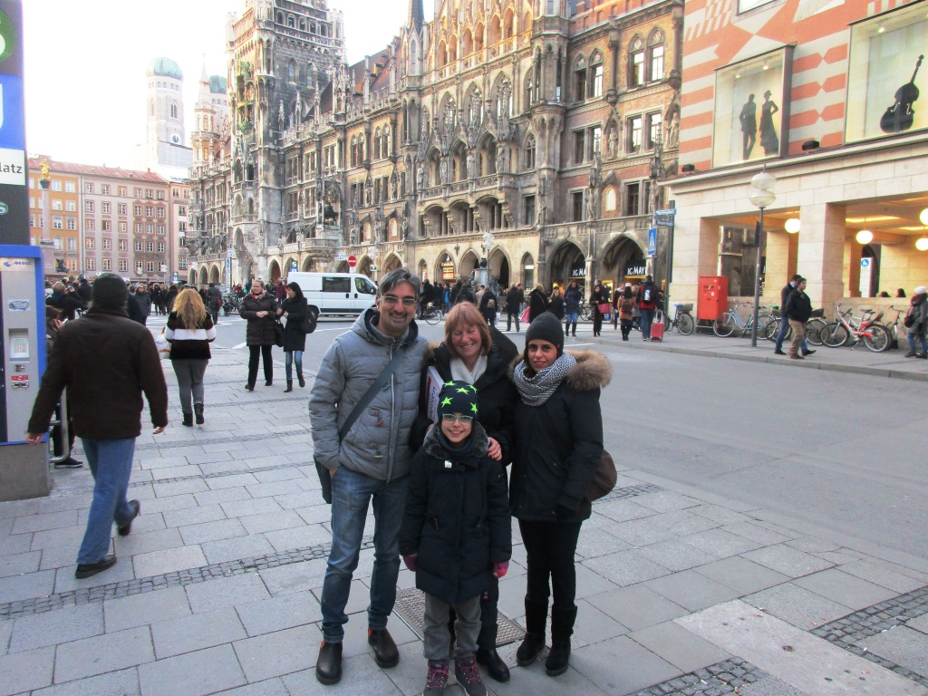 Nel centro di Monaco con Astrid e la mia famiglia